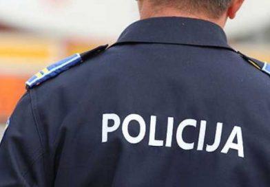 Dovezli migrante koje su trebali predati osobi iz Mostara: Policija uhitila dvojicu, druga dvojica u bijegu